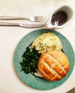 Charlie Bigham's: Steak & Ale Pies